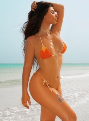 Melinda is an escort at a cheap price, USD 1700 per hour