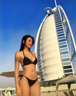 Yutsuki  is a model for sex and massage in Abu Dhabi