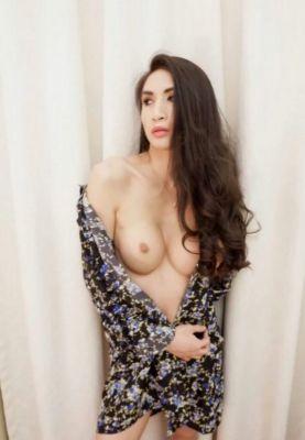 UAE hooker Nanathai for sex for USD 3000
