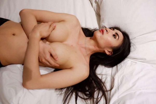 Abu Dhabi cheap escort sells her body for USD 3000 per hour