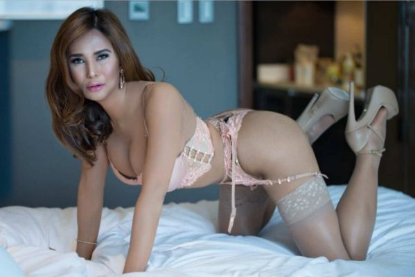 One of the most beautiful escorts in Abu Dhabi - 25 y.o. Alyssaluxor