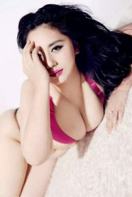 Chinese escort in Abu Dhabi for USD 800 for an hour