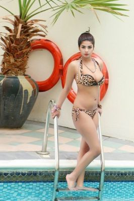 Enjoy private escort service from Komal Pool Model
