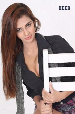 Arab escort in Abu Dhabi is waiting for your call at +971 58 921 1300