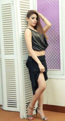 Pics and reviews on super escort Iram Chaudhary
